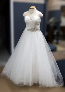Sweetheart Belt Wedding Dress